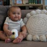 when do babies sit
